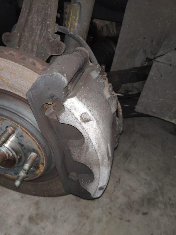Cadillac Remklauw rechtsvoor GM (18047981)